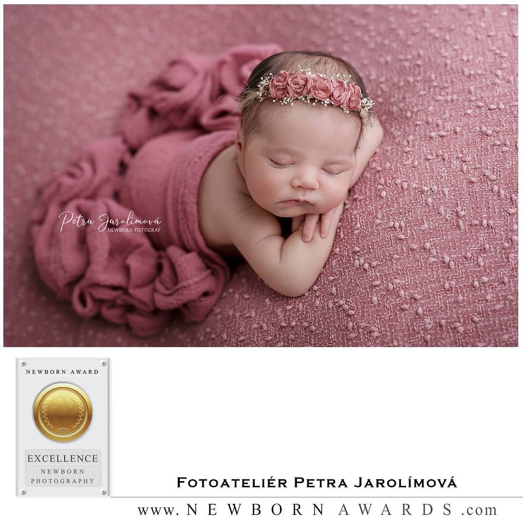 Newborn foceni novorozencu, miminek, Newborn Award Fotoatelier Petra Jarolimova