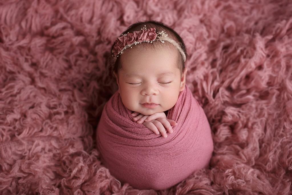 Newborn foceni miminek, novorozencu Praha, moji partneri